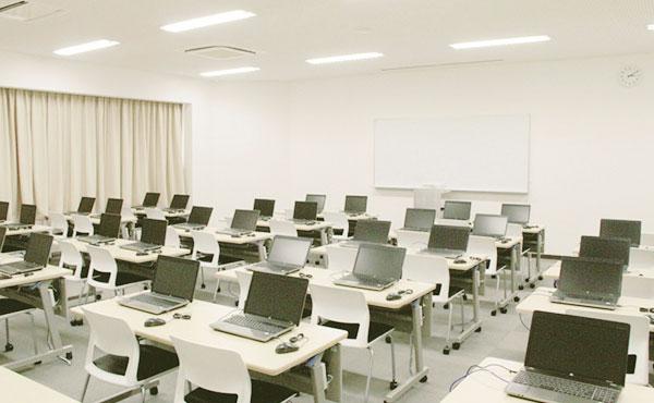 コンピュータ実習室