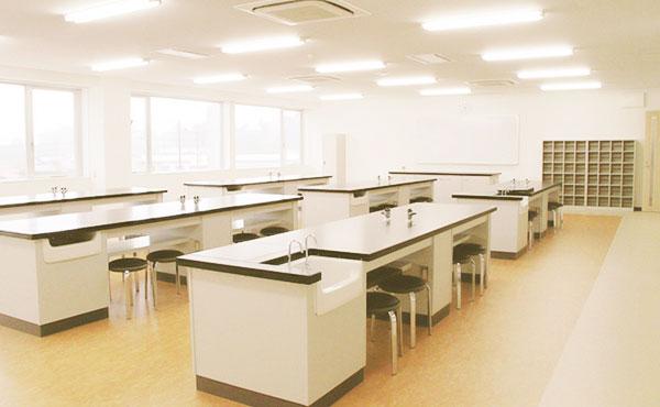 基礎医学実習室