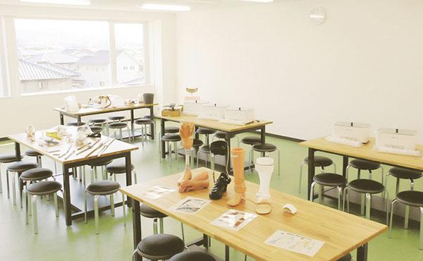 義肢・装具加工実習室